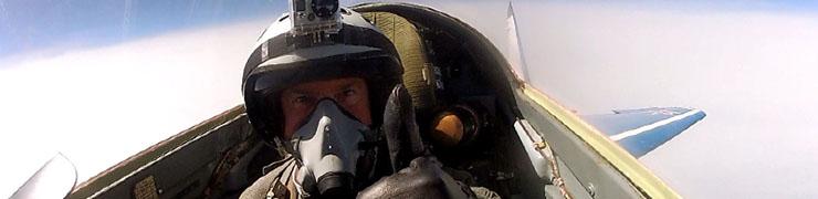 Flygturer med äldre stridsflygplan