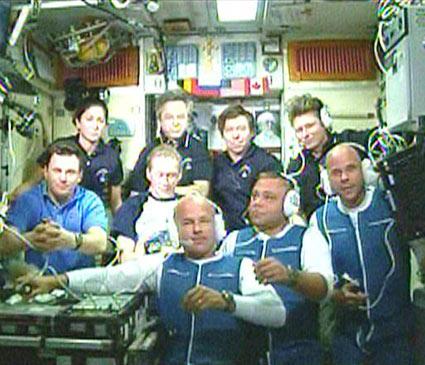 Guy Laliberté har anlänt till den internationella rymdstationen
