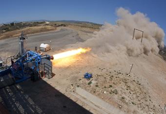 Virgin Galactic testar raketmotorn till SpaceShipTwo