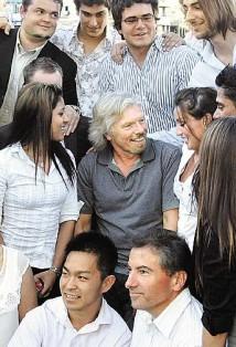 Richard Branson på besök vid Bond University i Australien