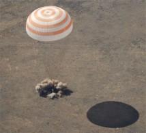 Charles Simonyi tillbaka på jorden efter sin andra resa till ISS