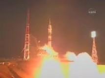 Den femte rymdturisten, Charles Simonyi, fick en lyckad start i sin väg mot ISS