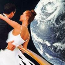 När bjöd du din älskade på en rymdresa senast?