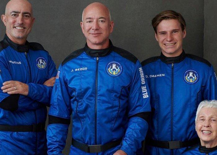 Nu har nästa miljardär varit ute rymden med sitt egna rymdskepp